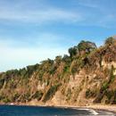 Vue depuis la Vierge des Marins (vers le Sud) - Les falaises de l'Anse Bagasse -2 - Photo : Michaël