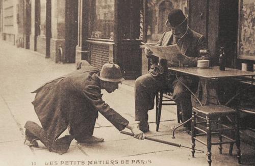 """Bonjour """"Tres Vieux Métier """""""