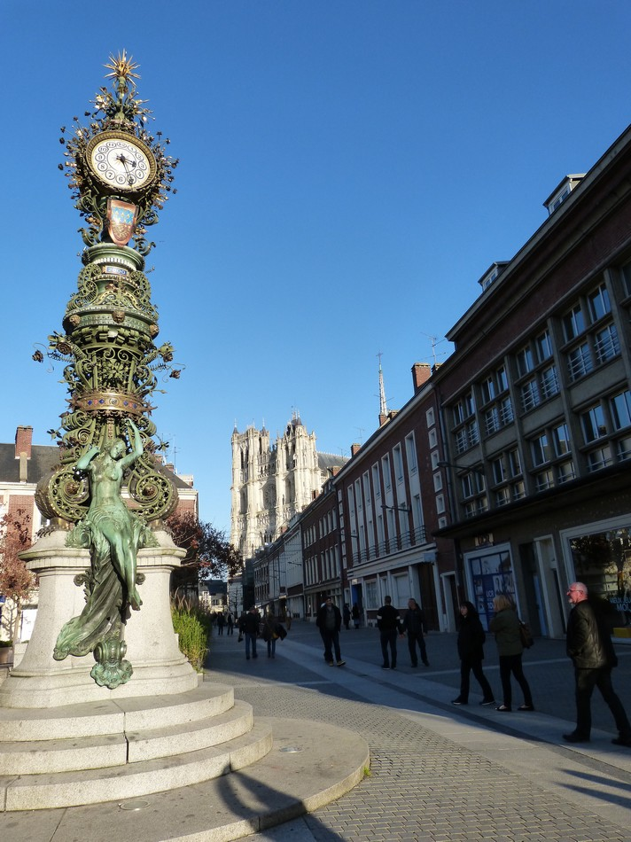 Horloge Dewailly et sa Marie