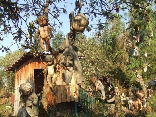 Isla de las muñecas : l'île aux poupées