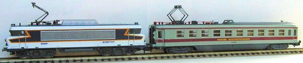 BB 10004 et voiture électrotechnique N°203