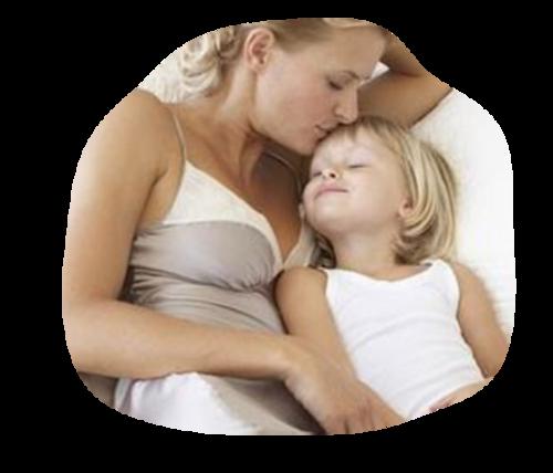 Maman ou Mamie avec enfant /1