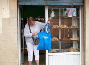 Le sac du magasin préféré de Christian