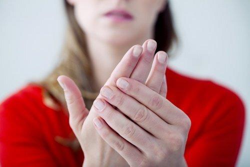 L'hypocalcémie : symptômes de cette maladie silencieuse à connaître