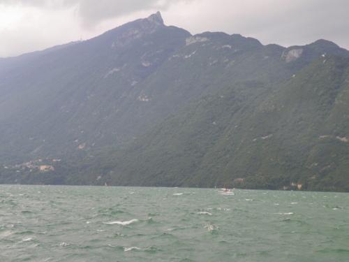 Le lac en colère