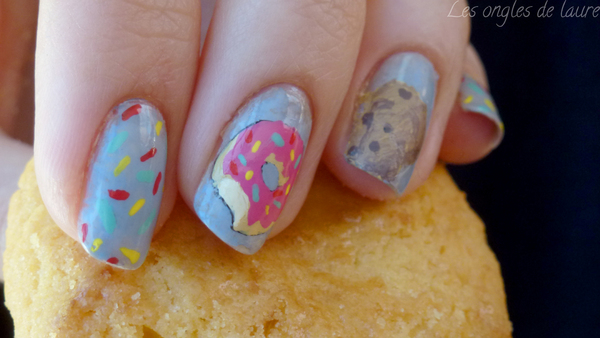 Nail Art gourmand : donut et cookie