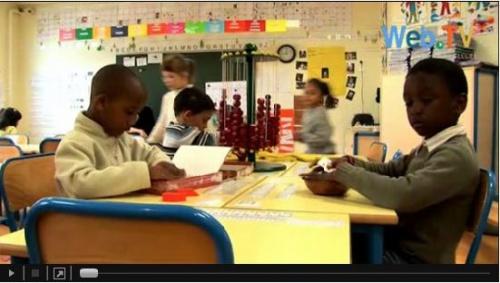 Des ateliers de manipulation autonomes type Montessori