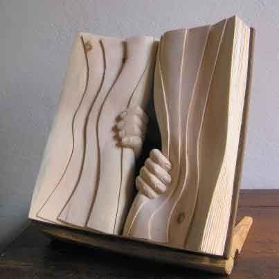 """Résultat de recherche d'images pour """"Les livres en bois de Nino Orlandi"""""""