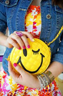 La Mode ... Gerl ..... Smiley