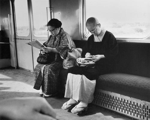 13 - Les femmes dans le métro