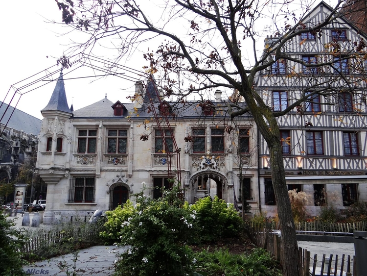 Rouen,suite,