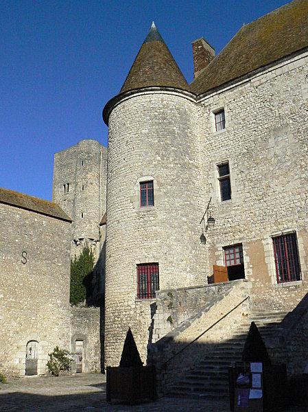 Nemours le château