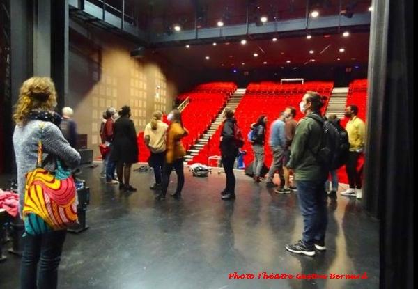 Une classe du Conservatoire régional de Dijon a découvrert la vitalité théâtrale châtillonnaise
