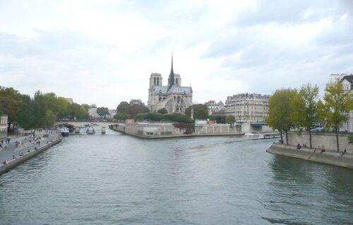 Paris le samedi soir