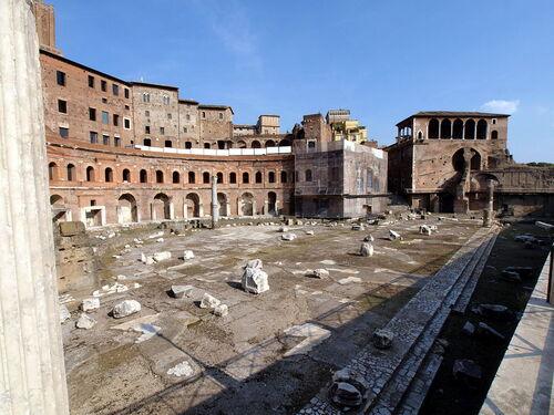 Le latin est-il vraiment mort ?