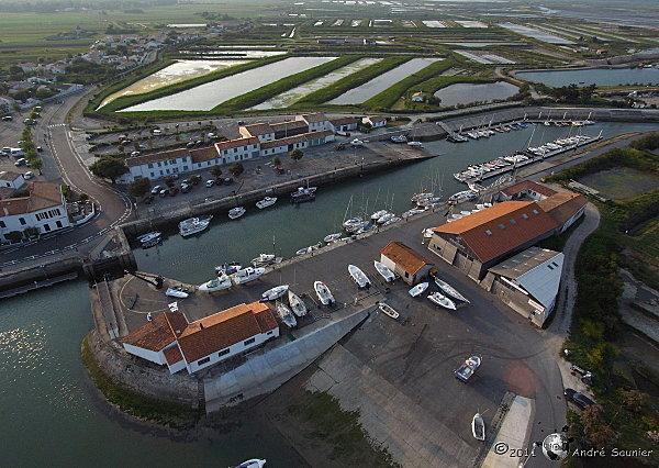 Ars en Ré, le vieux port 4