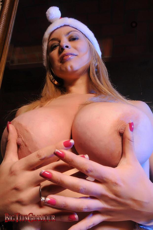 BigBoobs - Roxy Campbell - 3 -