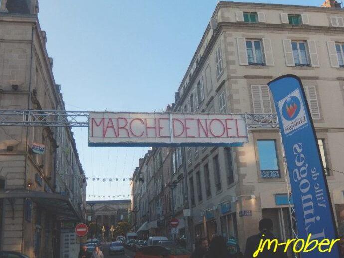 Limoges: Son marché de noël place de la Motte au cœur de la ville du 11 au 24 Décembre 2015