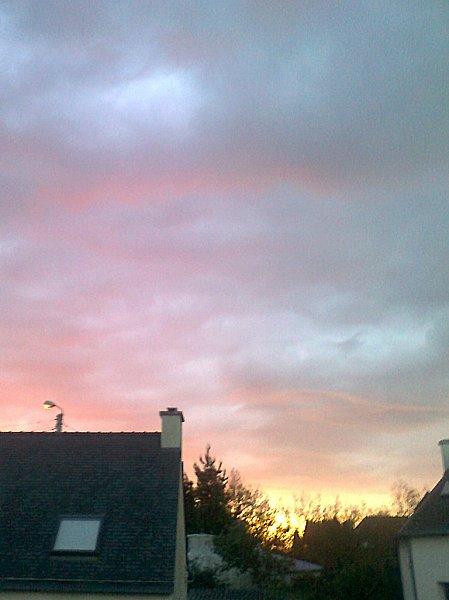 Ciel-de-8-h-a-Brest-du-16-avril-2012.jpg