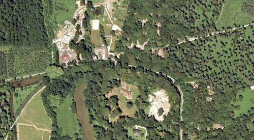 Vue aérienne de 1987, du zoo d'Ermenonville ( archives Thierry Baleige)