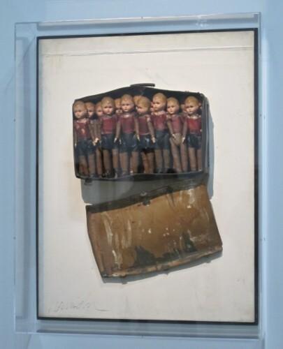 Arman-Beaubourg-poupees.jpg