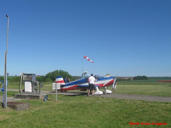 De la voltige au terrain d'aviation de Châtillon sur Seine ....