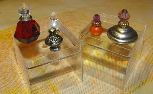 flacOns de parfums : essai