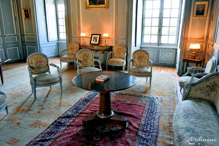 Château du Plessis-Bourré - Salons et salle à manger.