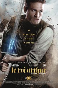 Le Roi Arthur: La Légende d'Excalibur : Jeune homme futé, Arthur tient les faubourgs de Londonium avec sa bande, sans soupçonner le destin qui l'attend – jusqu'au jour où il s'empare de l'épée Excalibur et se saisit, dans le même temps, de son avenir. Mis au défi par le pouvoir du glaive, Arthur est aussitôt contraint de faire des choix difficiles. Rejoignant la Résistance et une mystérieuse jeune femme du nom de Guenièvre, il doit apprendre à maîtriser l'épée, à surmonter ses démons intérieurs et à unir le peuple pour vaincre le tyran Vortigern, qui a dérobé sa couronne et assassiné ses parents – et, enfin, accéder au trône… ----- ... Origine : américain  Réalisation : Guy Ritchie  Durée : 2h 06min  Acteur(s) : Charlie Hunnam,Astrid Bergès-Frisbey,Jude Law  Genre : Action,Aventure,Fantastique  Date de sortie : 17 mai 2017  Critiques Spectateurs : 2,7