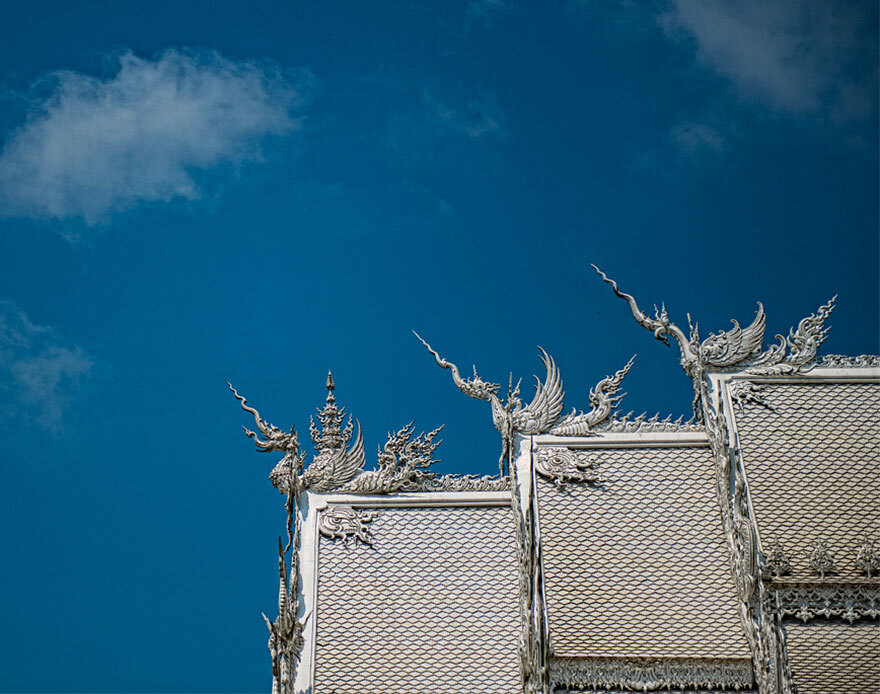 white-temple-thailand-22