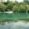 L'eau claire du Rhône à la sortie du lac