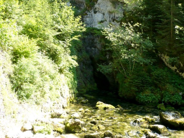 Source-du-Doubs-3.jpg