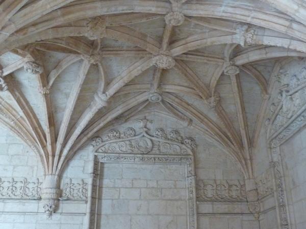 Lisbonne - Le cloître du Monastère dos Jeronimos