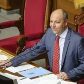 """Un """"néonazi"""" ukrainien reçu à l'Assemblée : De Rugy critiqué"""