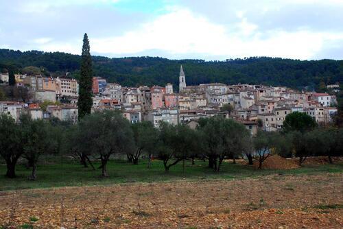 Le village de Calas