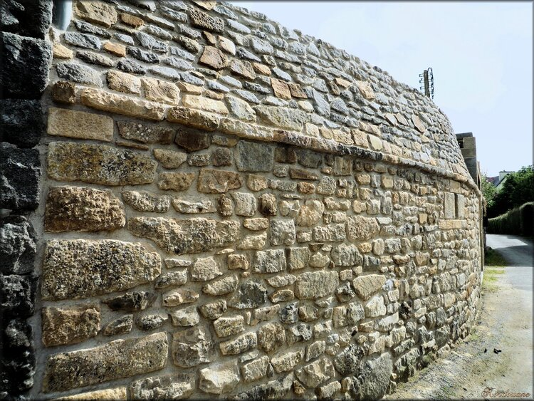 Photo de maisons en pierre et moellons