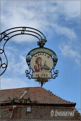 Enseigne de magasin Hunawihr Haut-Rhin Alsace