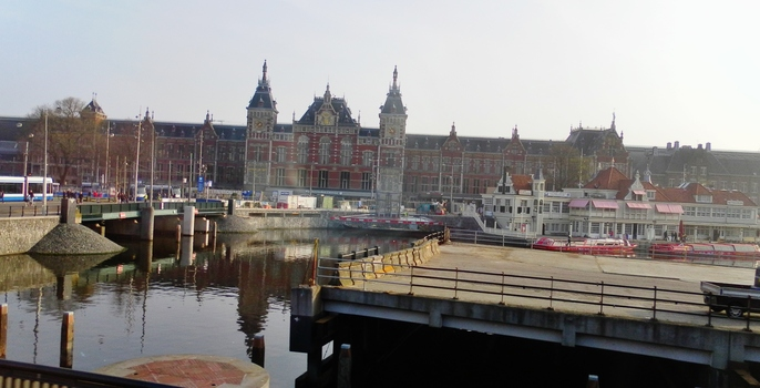 Amsterdam , oui   et on continuera