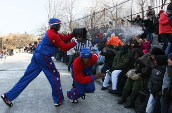 harlem+globetrotters+play+historic+game+ice+ecxt3hwo5tkl