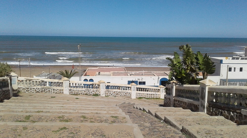 escalier pour aller a la plage