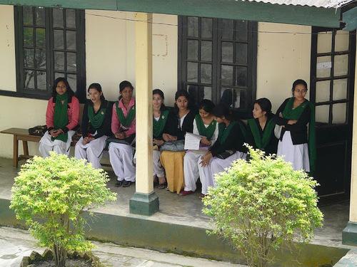 un collège de jeunes filles