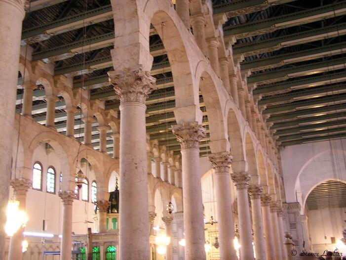 Intérieur de la Grande Mosquée des Omeyyades