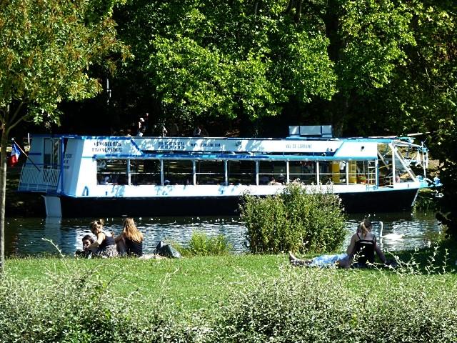 Vivre avec les cygnes 19 Marc de Metz 2011
