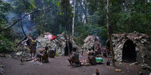 Centrafrique : auprès des Pygmées, une certaine idée de l'évangélisation