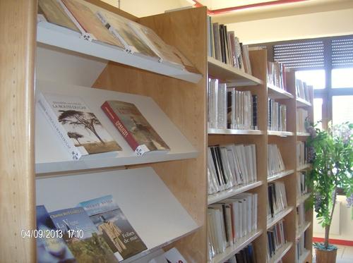 Bibliothèque pour tous.
