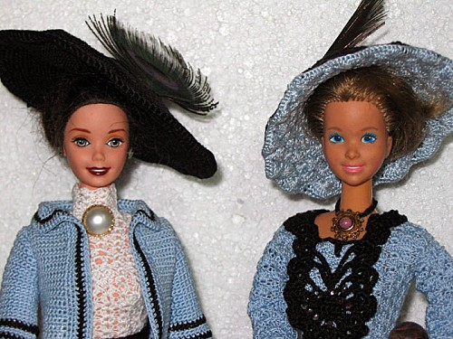 BarbieBleuDetails700.jpg