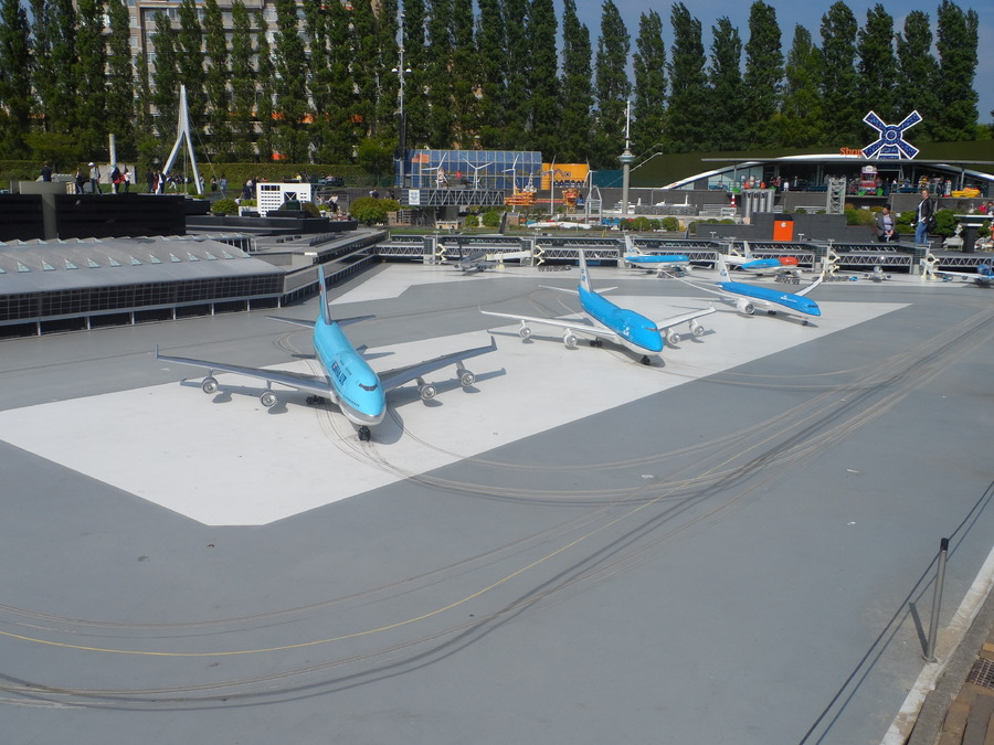 MADURODAM  EN  HOLLANDE