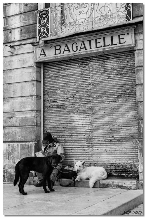 Bagatelles (III)