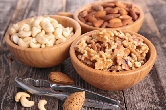 Как употреблять орехи при сахарном диабете