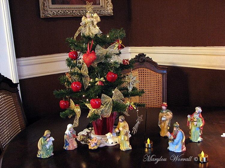 Au temps des marchés de Noël : Crèches
